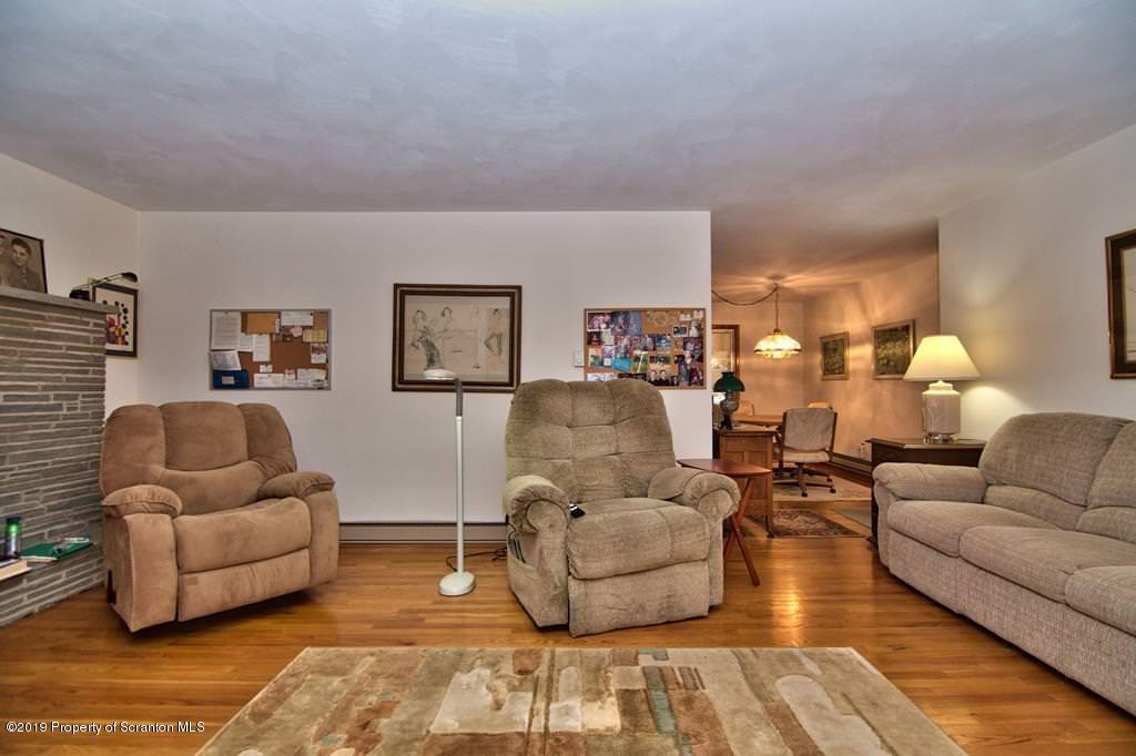 198 Laurel Rd, Covington Twp, Pennsylvania 18444, 2 Bedrooms Bedrooms, 6 Rooms Rooms,2 BathroomsBathrooms,Single Family,For Sale,Laurel,19-3585