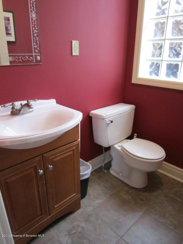 418 Daleville Highway, Covington Twp, Pennsylvania 18444, ,6 BathroomsBathrooms,Commercial,For Sale,Daleville,19-3669