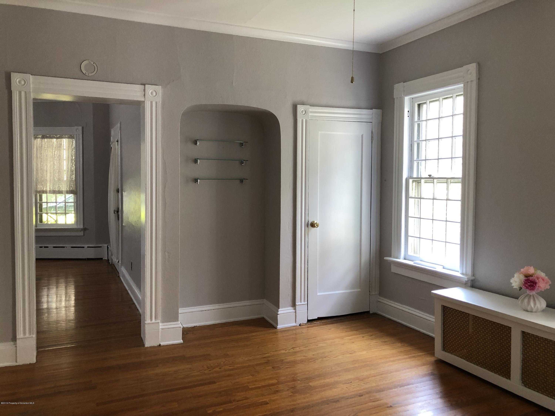 2329 Washington Ave, Scranton, Pennsylvania 18509, 2 Bedrooms Bedrooms, 5 Rooms Rooms,1 BathroomBathrooms,Rental,For Lease,Washington,19-3777