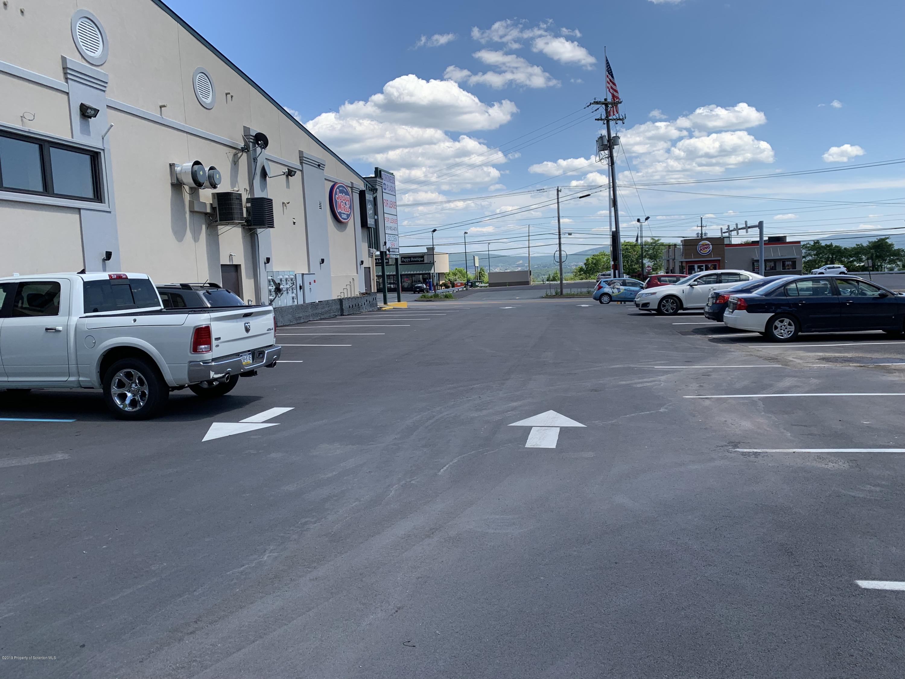 539 Scr Cdale Hwy, Dickson City, Pennsylvania 18519, ,2 BathroomsBathrooms,Commercial,For Lease,Scr Cdale,19-3738