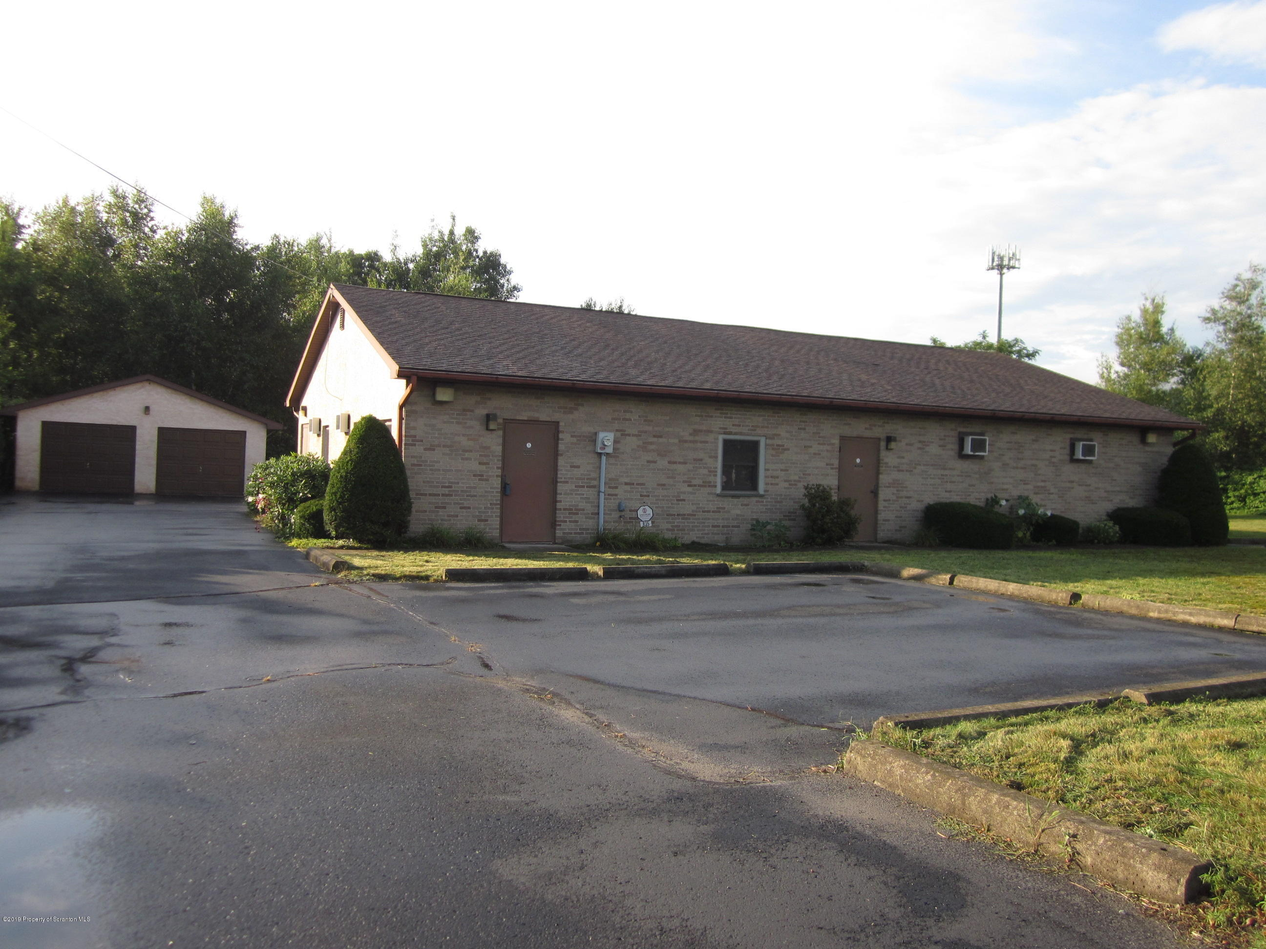 835 Enterprise St, Dickson City, Pennsylvania 18519, ,4 BathroomsBathrooms,Commercial,For Sale,Enterprise,19-3843