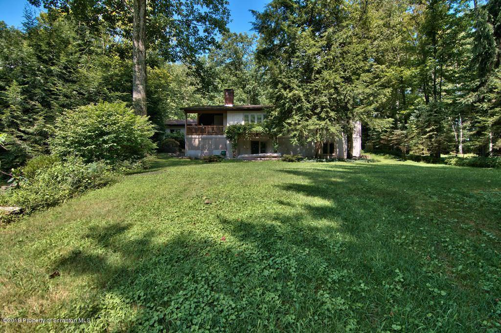 306 Saddle Lake Rd, Tunkhannock, Pennsylvania 18657, 4 Bedrooms Bedrooms, 8 Rooms Rooms,3 BathroomsBathrooms,Single Family,For Sale,Saddle Lake,19-3835