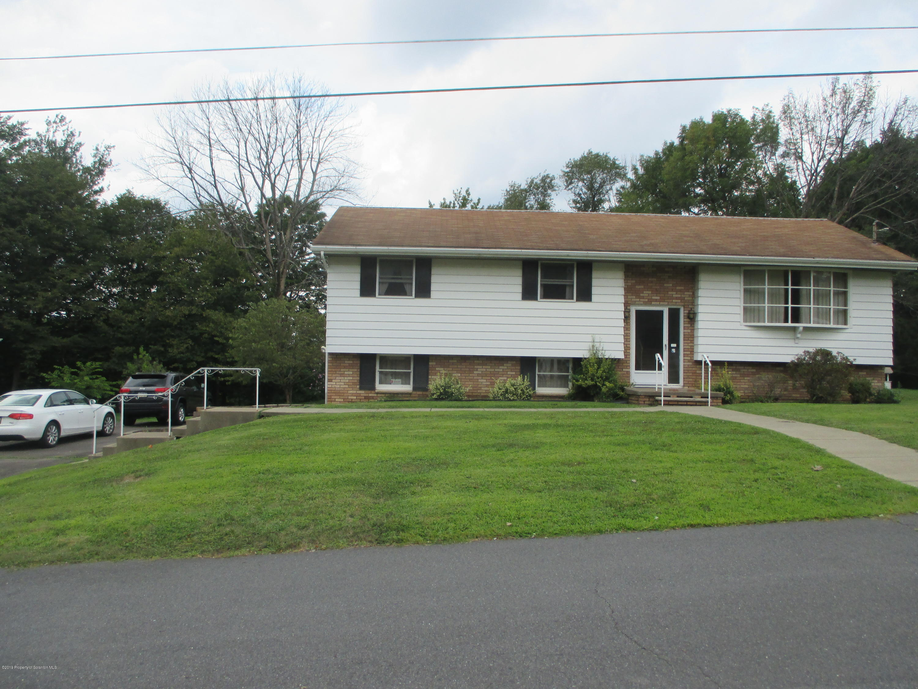507 Clover St, South Abington Twp, Pennsylvania 18411, 3 Bedrooms Bedrooms, 6 Rooms Rooms,2 BathroomsBathrooms,Single Family,For Sale,Clover,19-3911