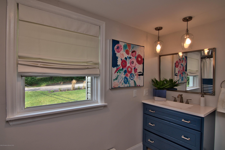 922 Grove St, Clarks Summit, Pennsylvania 18411, 3 Bedrooms Bedrooms, 8 Rooms Rooms,3 BathroomsBathrooms,Single Family,For Sale,Grove,19-4115