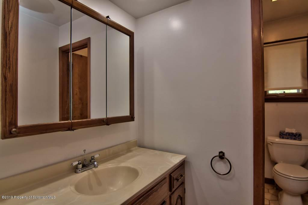1221 Winthrop St, Archbald, Pennsylvania 18403, 3 Bedrooms Bedrooms, 9 Rooms Rooms,2 BathroomsBathrooms,Single Family,For Sale,Winthrop,19-4188