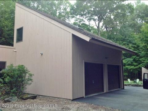 1221 Crystal Lake Rd, Carbondale, Pennsylvania 18407, 4 Bedrooms Bedrooms, 7 Rooms Rooms,4 BathroomsBathrooms,Single Family,For Sale,Crystal Lake,19-4007