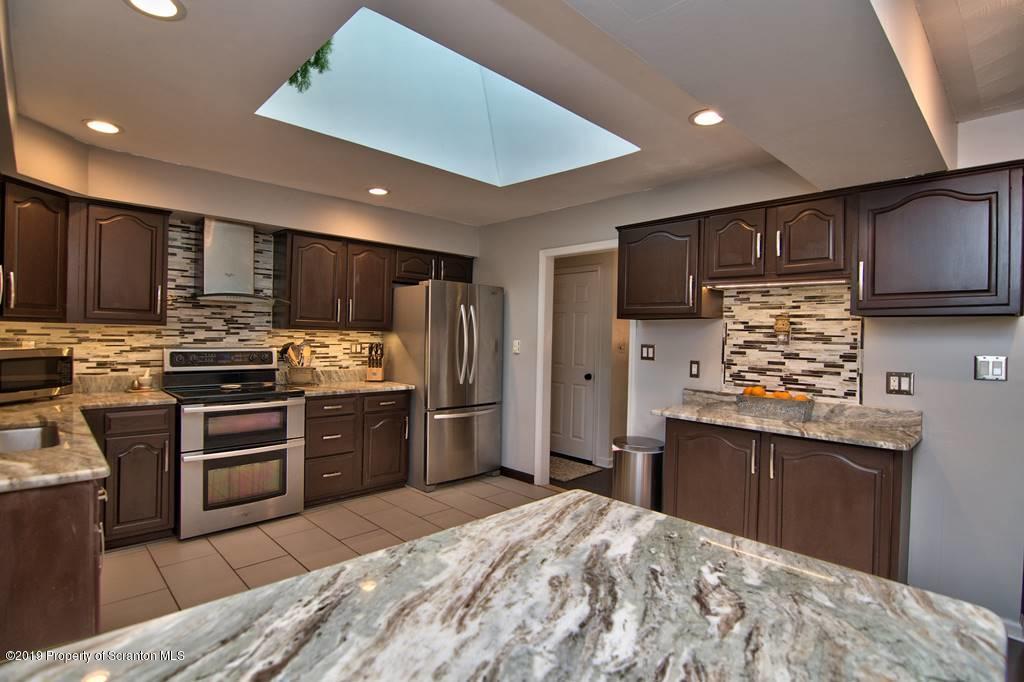 13003 Silver Fox Ln- Clarks Summit- Pennsylvania 18411, 4 Bedrooms Bedrooms, 10 Rooms Rooms,3 BathroomsBathrooms,Single Family,For Sale,Silver Fox,19-4370