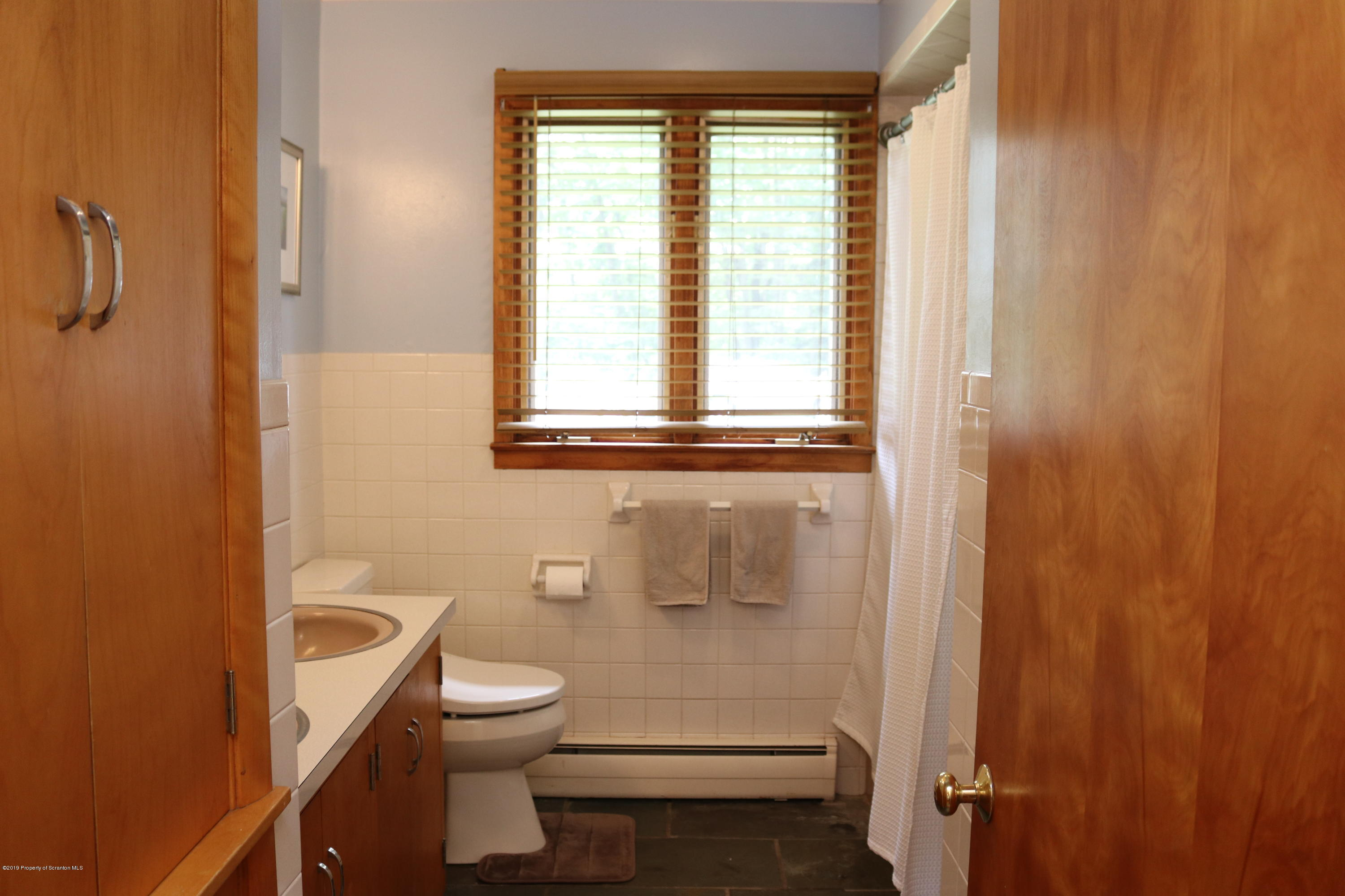 29 PARRY ROAD, Moscow, Pennsylvania 18444, 3 Bedrooms Bedrooms, 8 Rooms Rooms,2 BathroomsBathrooms,Single Family,For Sale,PARRY,19-4375