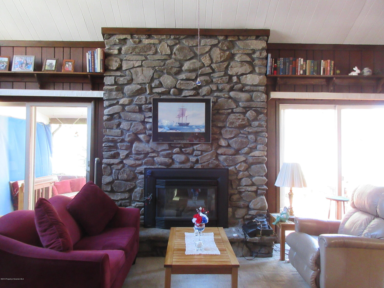 143 Canterberry Lane, Lake Winola, Pennsylvania 18625, 4 Bedrooms Bedrooms, 8 Rooms Rooms,3 BathroomsBathrooms,Rental,For Lease,Canterberry,19-4546