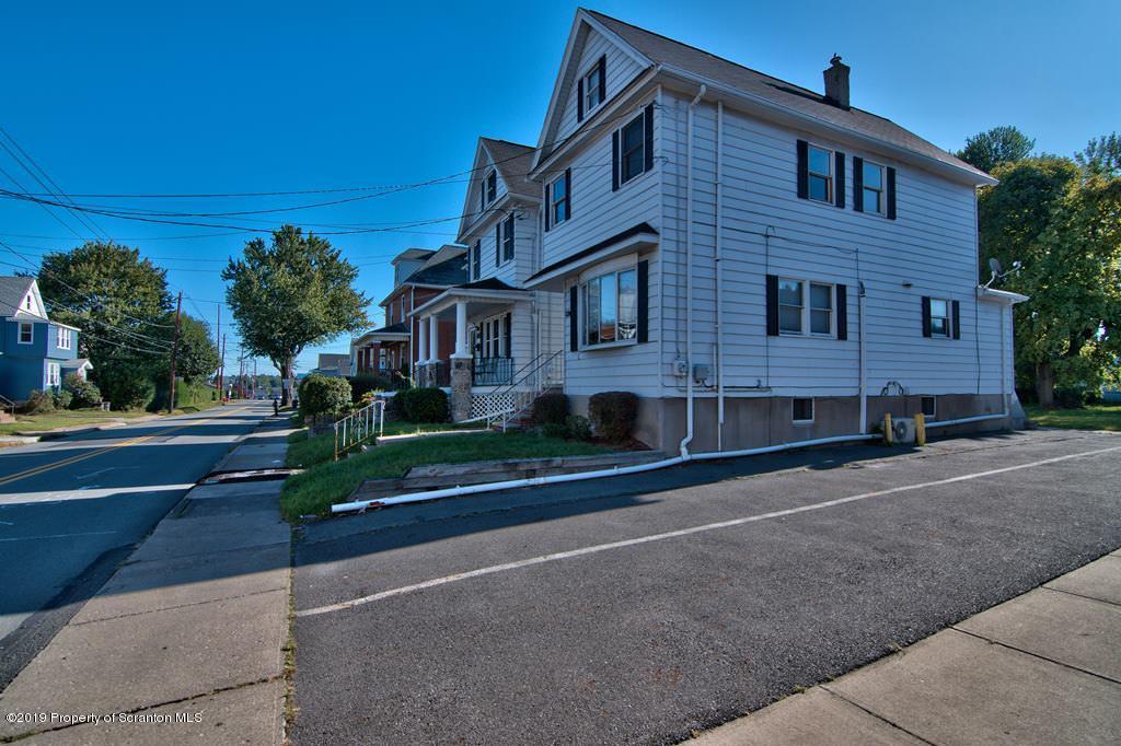 1024 Wheeler Ave, Scranton, Pennsylvania 18510, 3 Bedrooms Bedrooms, 5 Rooms Rooms,2 BathroomsBathrooms,Single Family,For Sale,Wheeler,19-4547