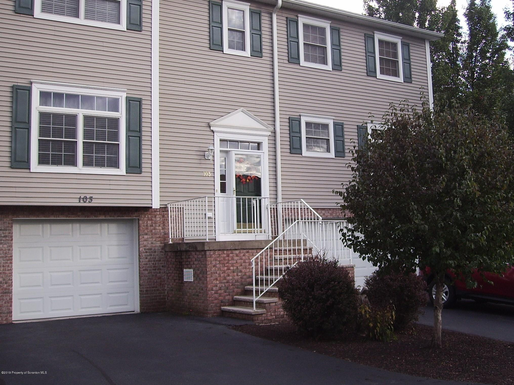 103 Parkland Dr, Clarks Summit, Pennsylvania 18411, 2 Bedrooms Bedrooms, 6 Rooms Rooms,2 BathroomsBathrooms,Residential - condo/townhome,For Sale,Parkland,19-4661