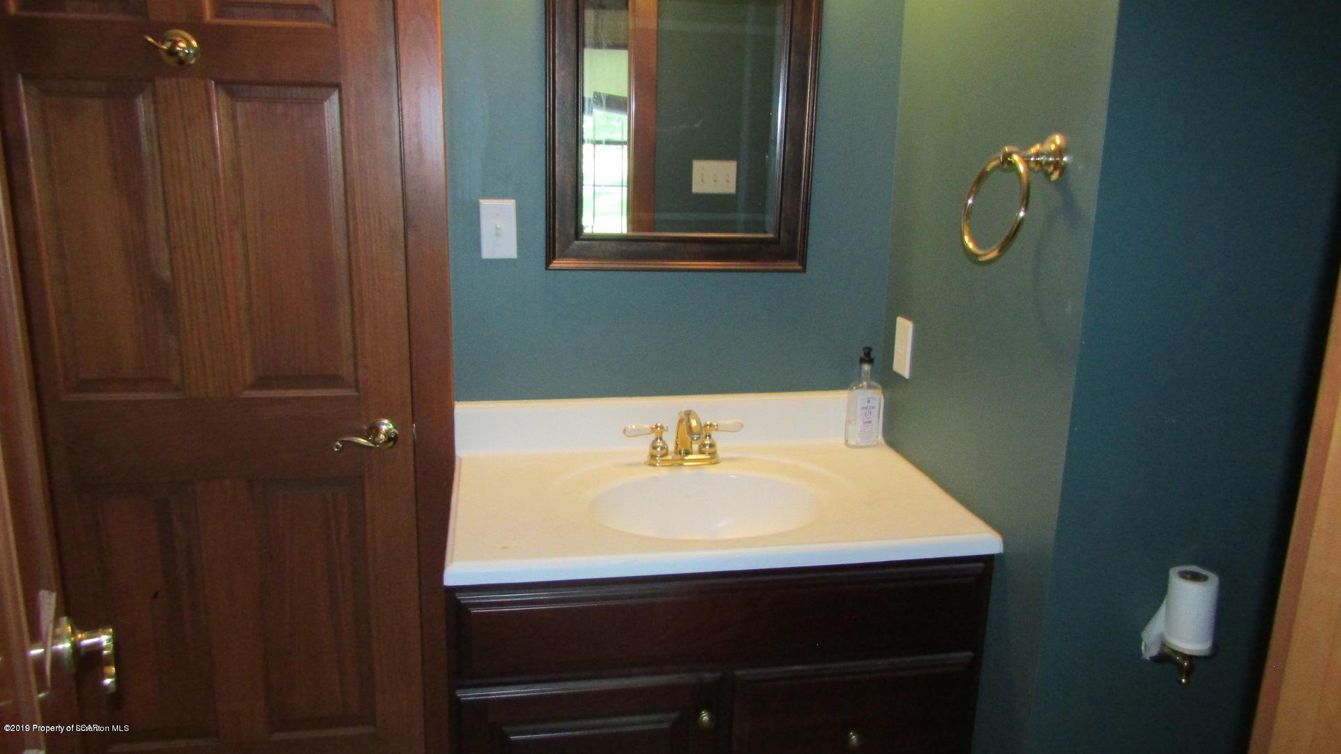 1281 Sandspring Rd, Bear Creek, Pennsylvania 18702, 5 Bedrooms Bedrooms, 12 Rooms Rooms,5 BathroomsBathrooms,Single Family,For Sale,Sandspring,19-4697