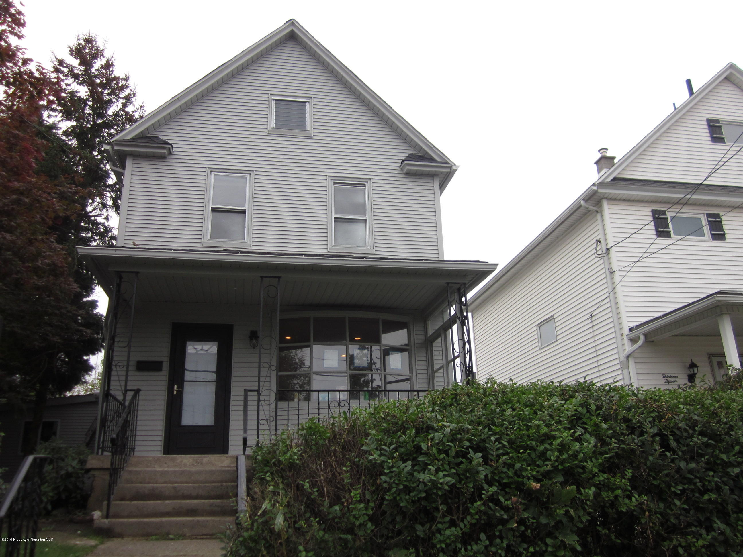 1311 Dartmouth St, Scranton, Pennsylvania 18504, 3 Bedrooms Bedrooms, 6 Rooms Rooms,2 BathroomsBathrooms,Single Family,For Sale,Dartmouth,19-4746