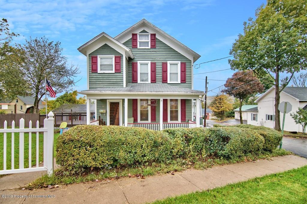 61 Wayne St, Carbondale, Pennsylvania 18407, 2 Bedrooms Bedrooms, 5 Rooms Rooms,2 BathroomsBathrooms,Single Family,For Sale,Wayne,19-4786