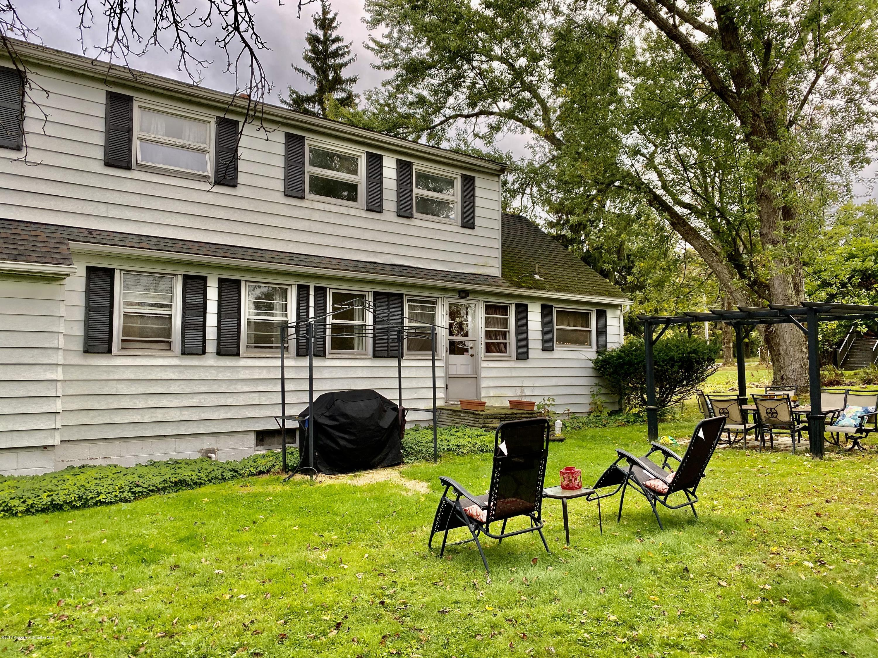103 Yale Blvd, Clarks Green, Pennsylvania 18411, 4 Bedrooms Bedrooms, 8 Rooms Rooms,2 BathroomsBathrooms,Single Family,For Sale,Yale,19-4812