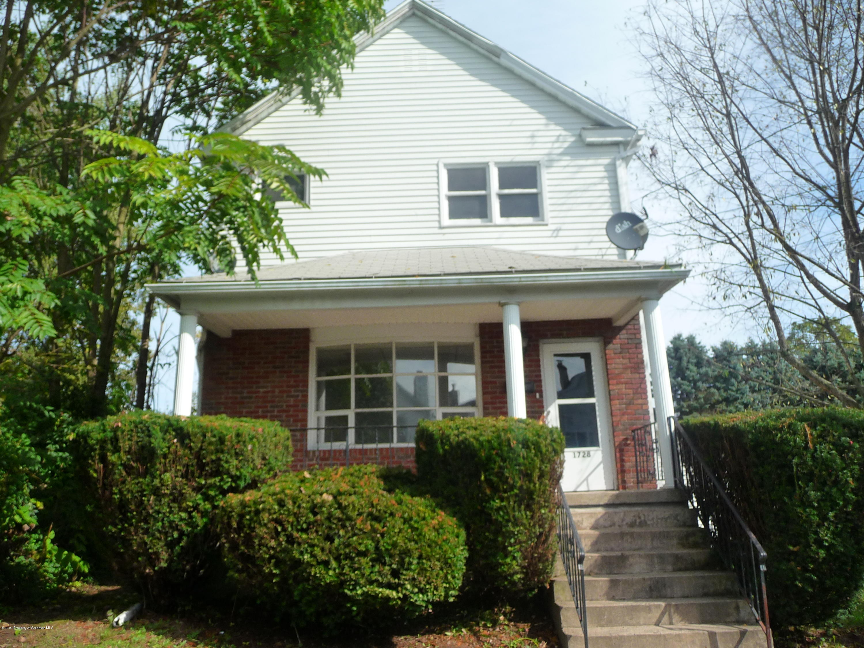 1728 Hawthorne St, Scranton, Pennsylvania 18504, 4 Bedrooms Bedrooms, 10 Rooms Rooms,2 BathroomsBathrooms,Single Family,For Sale,Hawthorne,19-4879