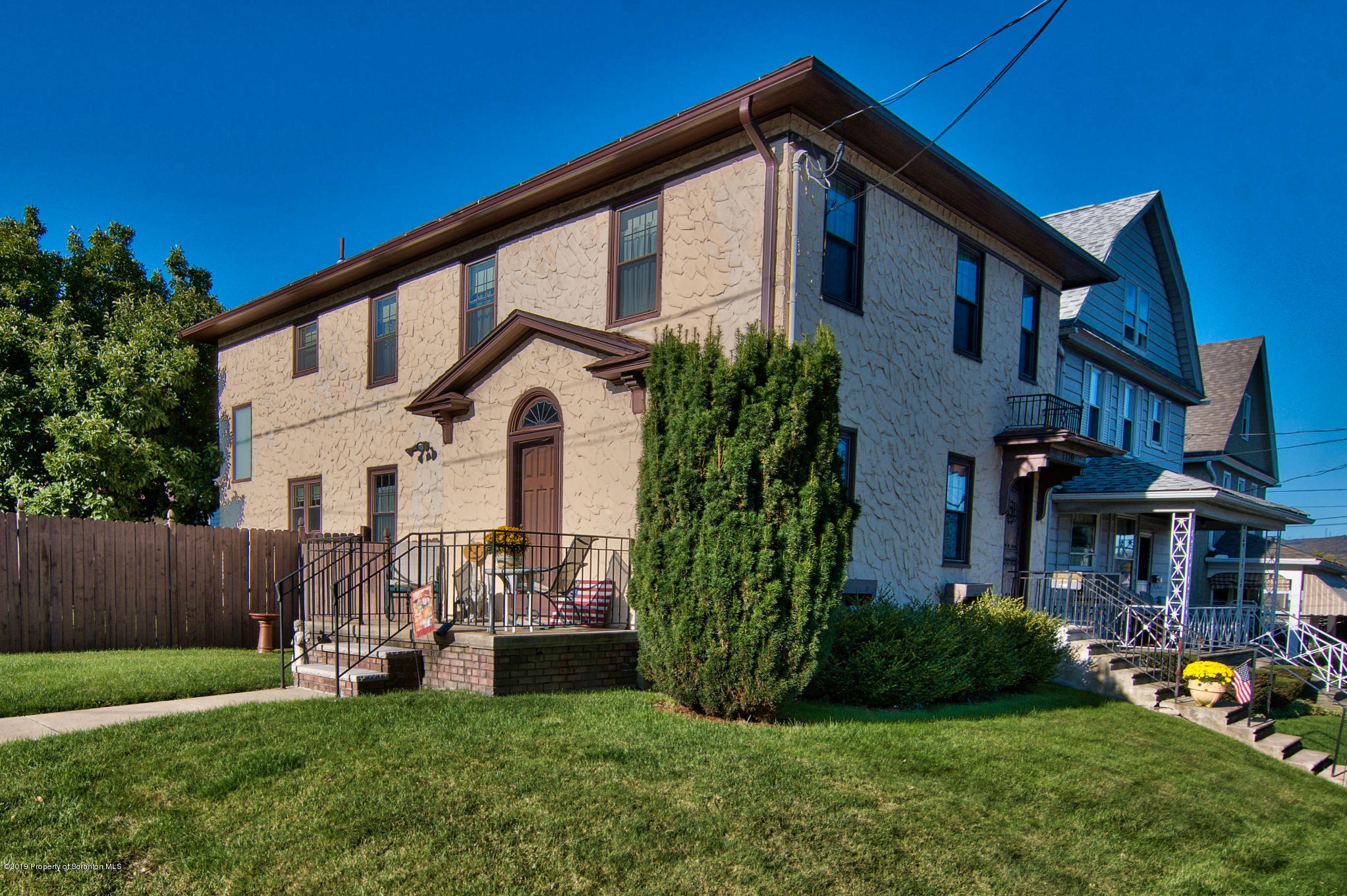 1710 Electric St, Dunmore, Pennsylvania 18509, 4 Bedrooms Bedrooms, 9 Rooms Rooms,3 BathroomsBathrooms,Single Family,For Sale,Electric,19-4908
