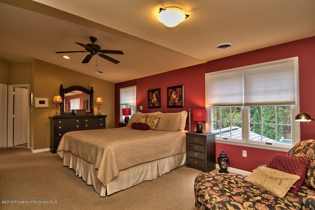 28 Alpine Dr, Moosic, Pennsylvania 18507, 3 Bedrooms Bedrooms, 10 Rooms Rooms,4 BathroomsBathrooms,Single Family,For Sale,Alpine,19-5056