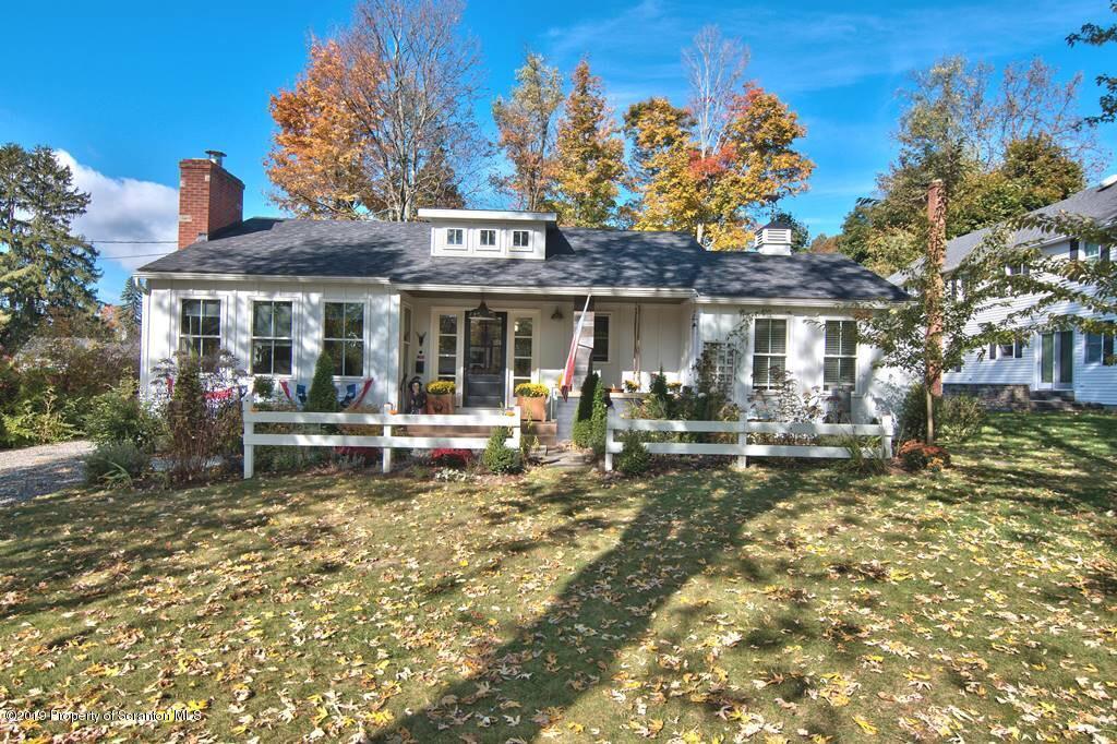 519 Colburn Ave, Clarks Summit, Pennsylvania 18411, 3 Bedrooms Bedrooms, 6 Rooms Rooms,4 BathroomsBathrooms,Single Family,For Sale,Colburn,19-4932