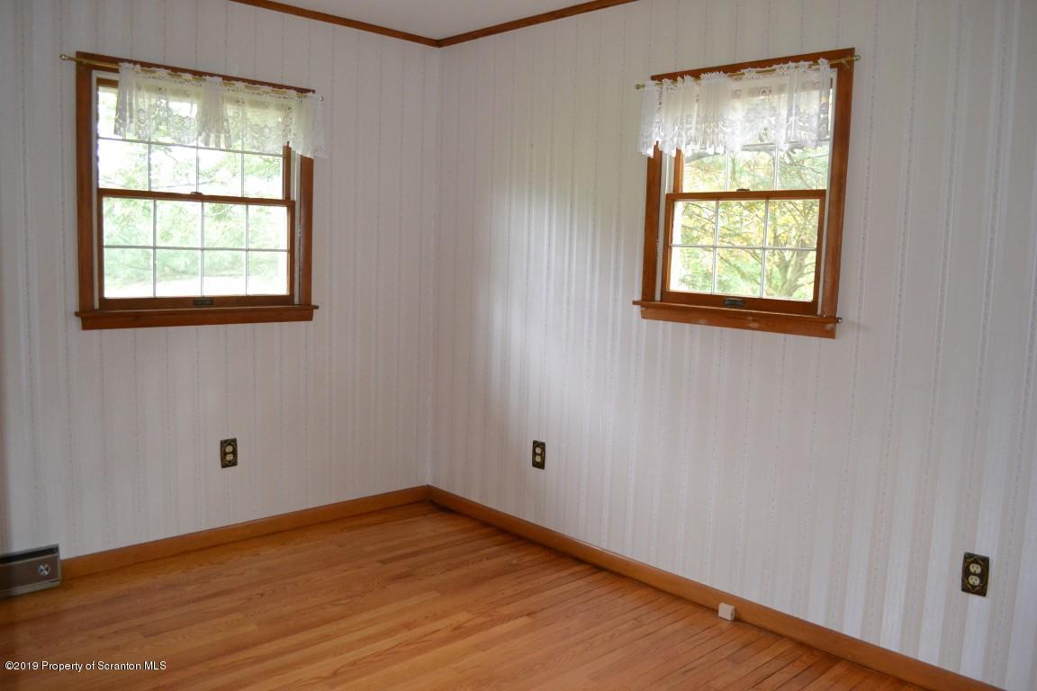 106 Silver Maple Dr, Scott Twp, Pennsylvania 18411, 3 Bedrooms Bedrooms, 8 Rooms Rooms,3 BathroomsBathrooms,Single Family,For Sale,Silver Maple,19-5036