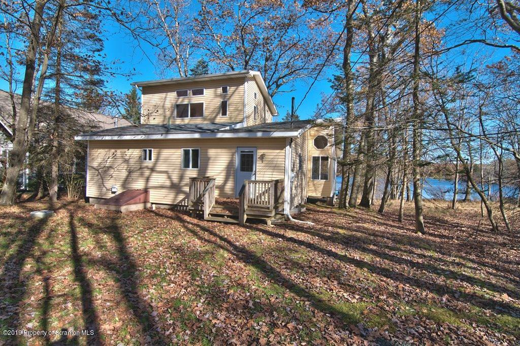 16 West Shore Drive, Jefferson Twp, Pennsylvania 18436, 3 Bedrooms Bedrooms, 6 Rooms Rooms,2 BathroomsBathrooms,Single Family,For Sale,West Shore Drive,19-5111