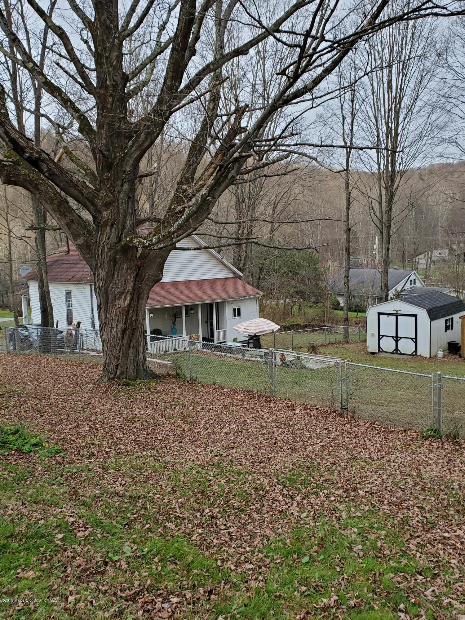 248 Shields Rd, Scott Twp, Pennsylvania 18447, 2 Bedrooms Bedrooms, 5 Rooms Rooms,1 BathroomBathrooms,Single Family,For Sale,Shields,19-5253