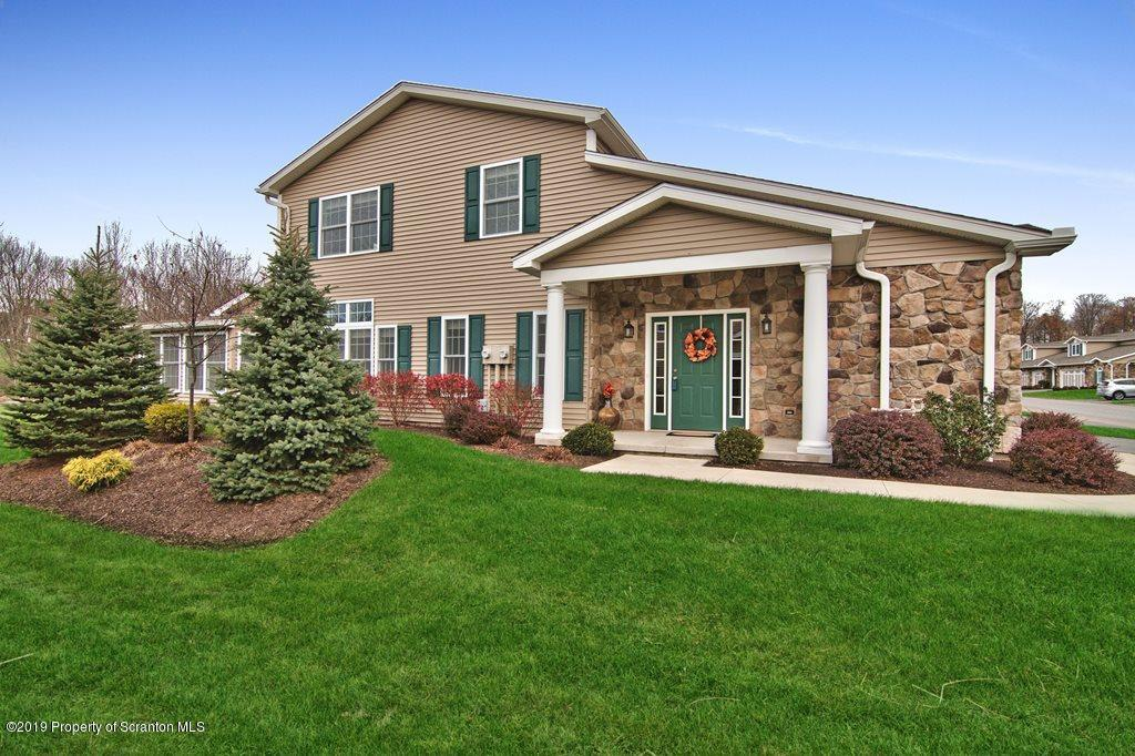 95 Wyndham Rd, South Abington Twp, Pennsylvania 18411, 3 Bedrooms Bedrooms, 6 Rooms Rooms,3 BathroomsBathrooms,Residential - condo/townhome,For Sale,Wyndham,19-5281
