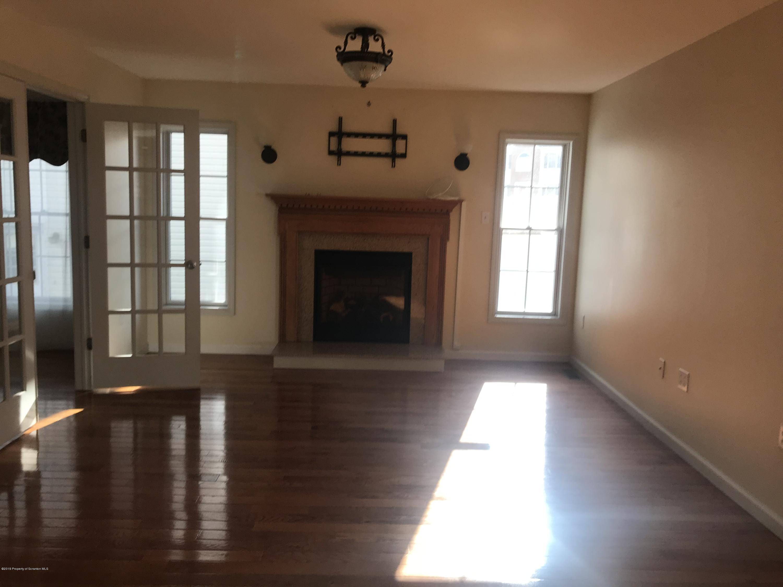 13 Riverview Dr, Jessup, Pennsylvania 18434, 5 Bedrooms Bedrooms, 9 Rooms Rooms,3 BathroomsBathrooms,Single Family,For Sale,Riverview,19-5315
