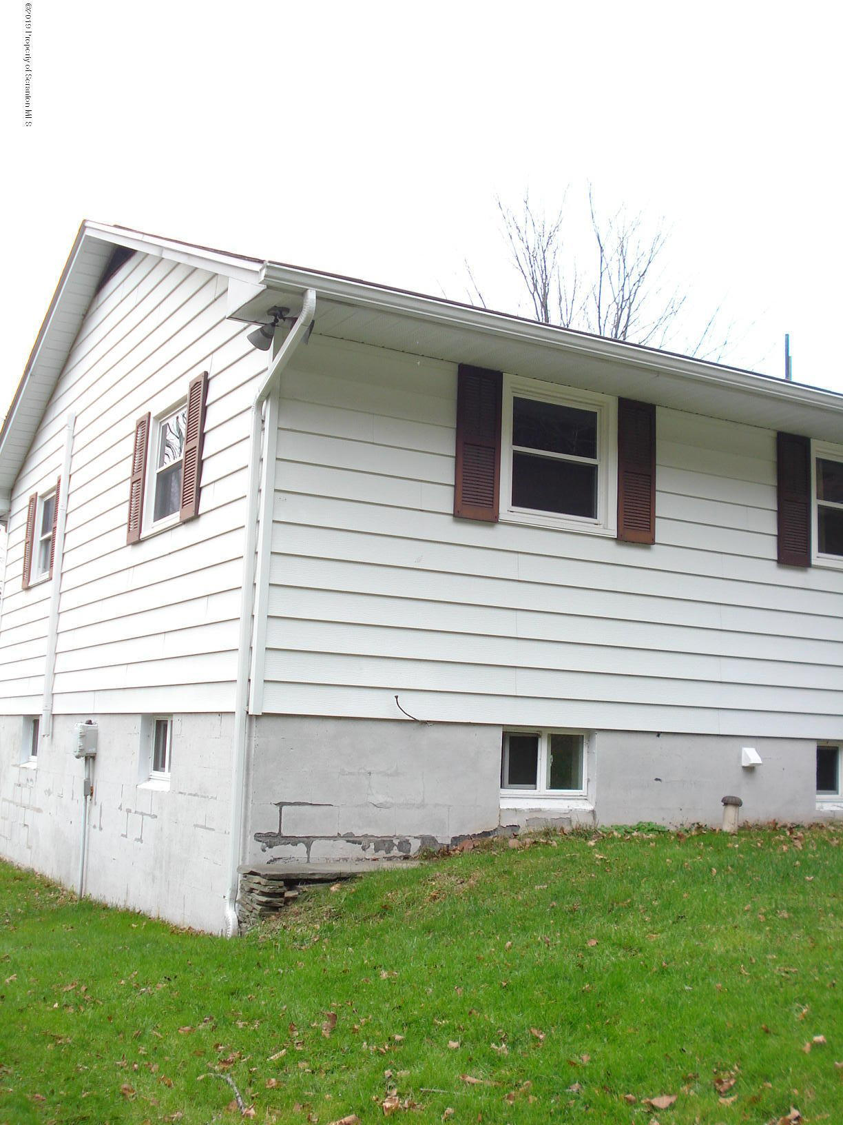 144 Green Grove Road, Scott Twp, Pennsylvania 18447, 3 Bedrooms Bedrooms, 8 Rooms Rooms,1 BathroomBathrooms,Single Family,For Sale,Green Grove,19-5375
