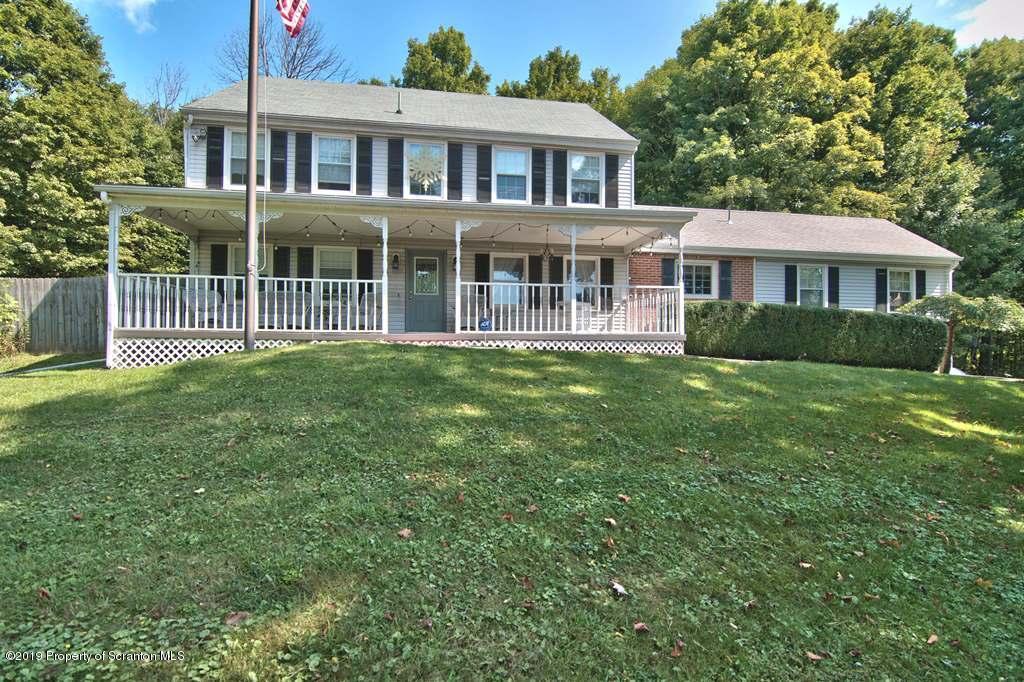 1000 Greenbriar Dr, Clarks Summit, Pennsylvania 18411, 4 Bedrooms Bedrooms, 9 Rooms Rooms,4 BathroomsBathrooms,Single Family,For Sale,Greenbriar,19-5564