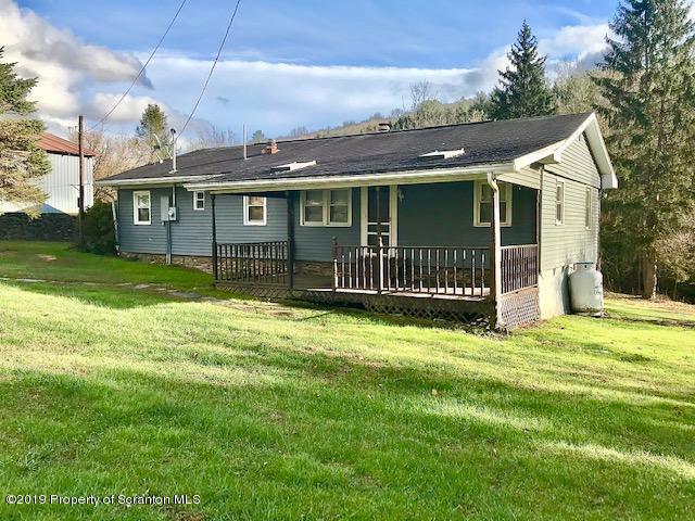 140 Carpenter Rd, Factoryville, Pennsylvania 18419, 3 Bedrooms Bedrooms, 5 Rooms Rooms,1 BathroomBathrooms,Single Family,For Sale,Carpenter,19-5502
