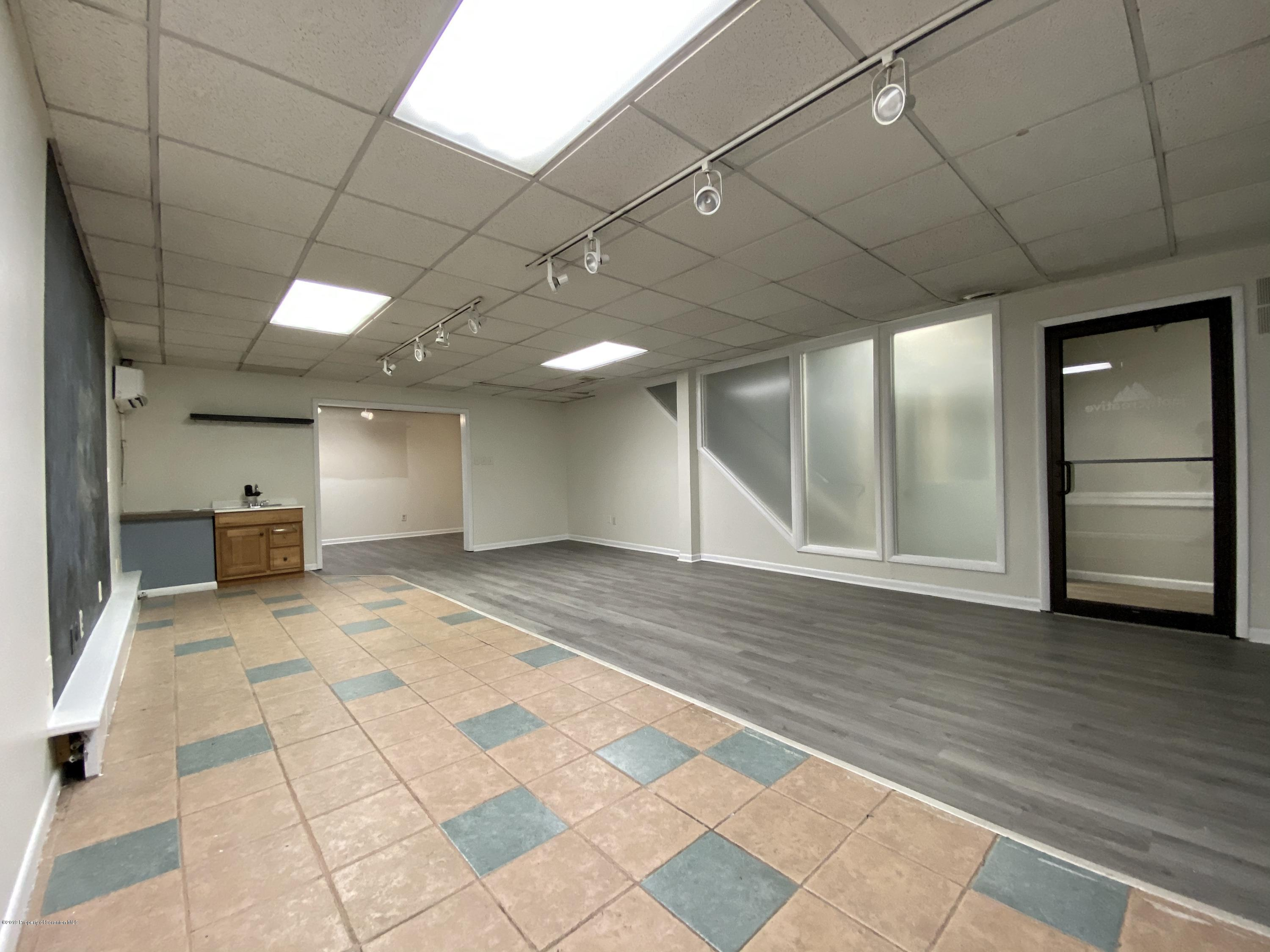 320-2 State St, Clarks Summit, Pennsylvania 18411, ,Commercial,For Lease,State,19-5578