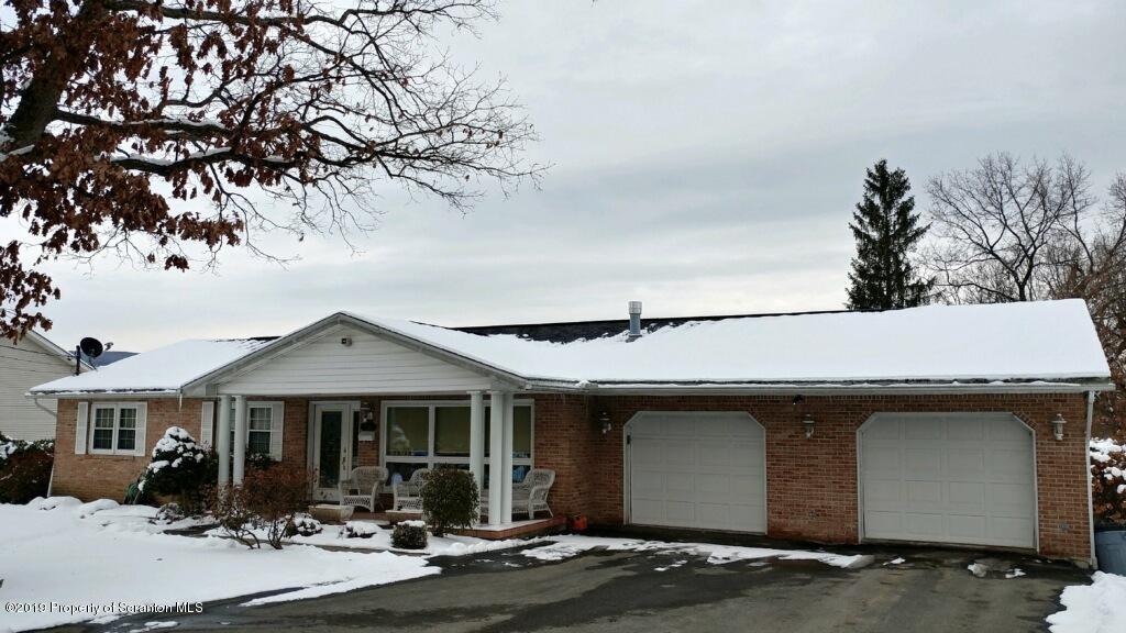 818 Old Ridge Rd, Archbald, Pennsylvania 18403, 3 Bedrooms Bedrooms, 9 Rooms Rooms,Single Family,For Sale,Old Ridge,19-5629