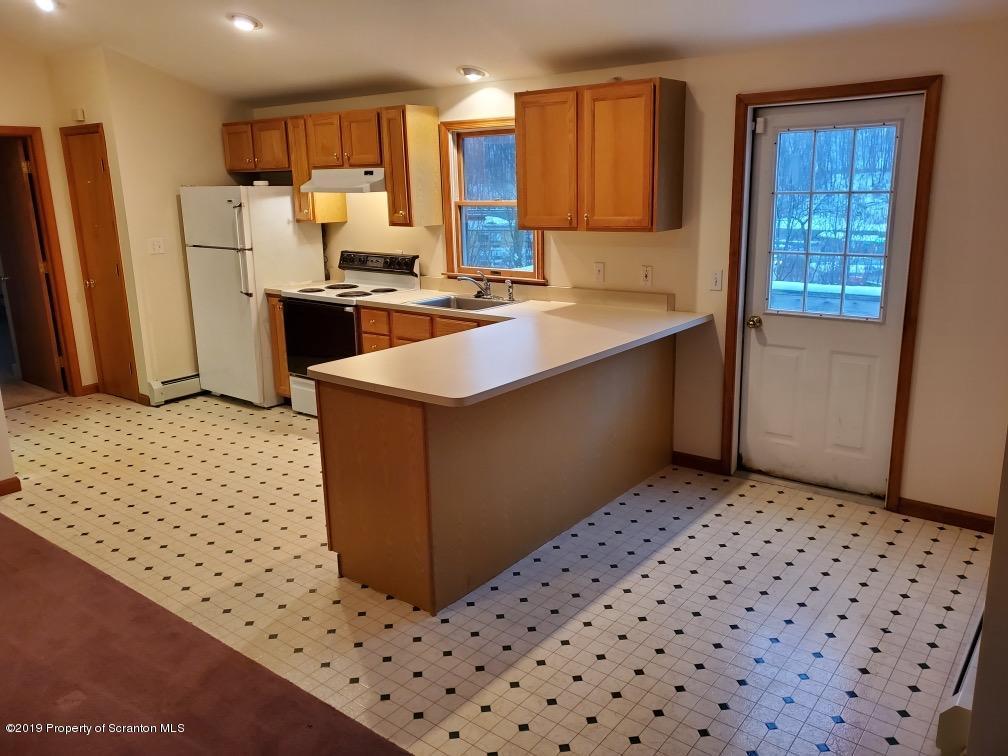 1133 Abington Rd, Clarks Summit, Pennsylvania 18411, 2 Bedrooms Bedrooms, 4 Rooms Rooms,1 BathroomBathrooms,Rental,For Lease,Abington Rd,19-5641