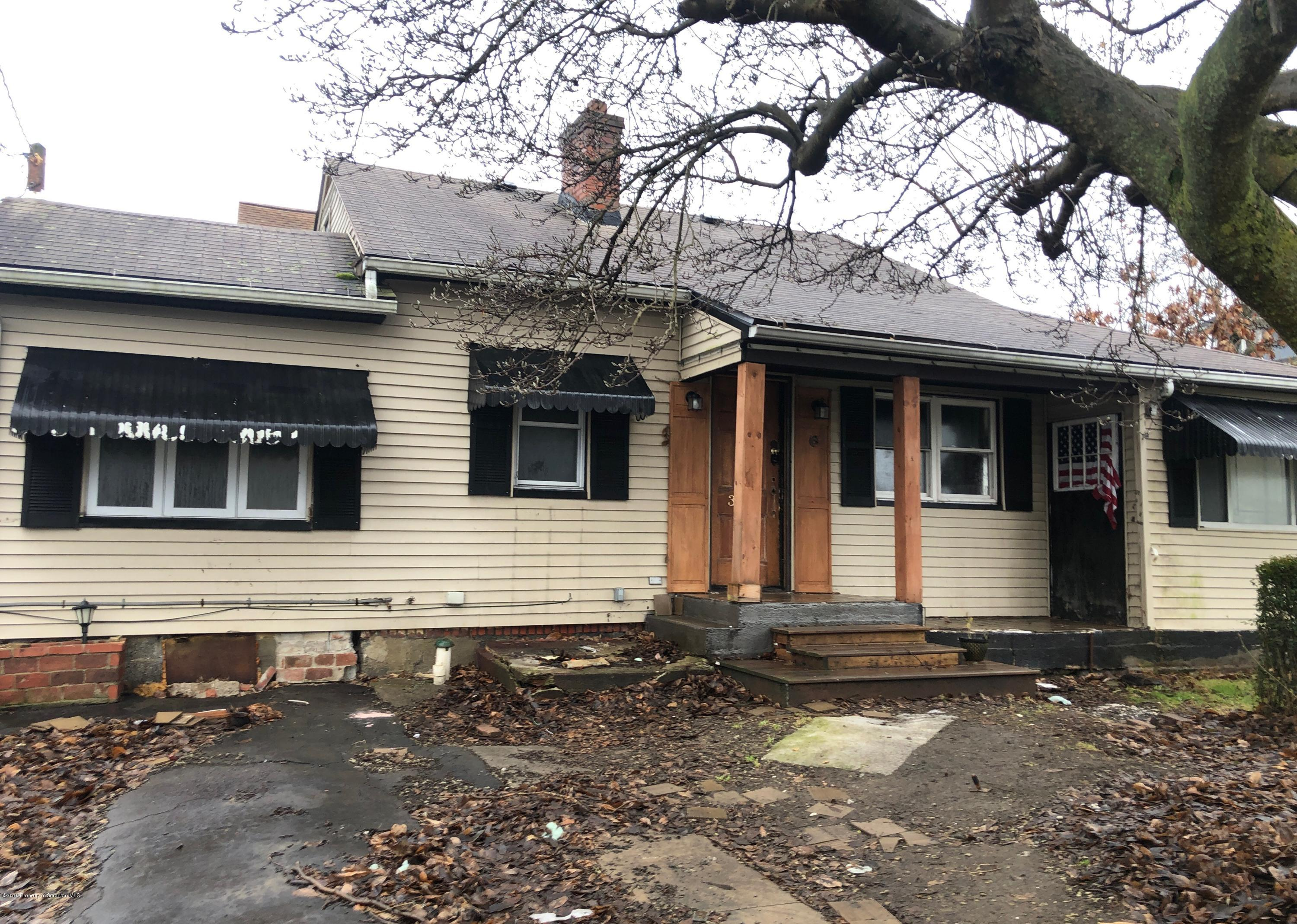 312 Haverly St, Throop, Pennsylvania 18512, 2 Bedrooms Bedrooms, 5 Rooms Rooms,1 BathroomBathrooms,Single Family,For Sale,Haverly,19-5673
