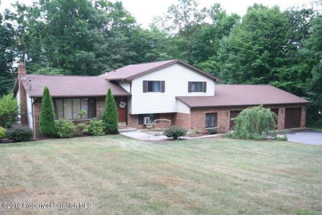 76 Primrose Ln, Spring Brook Twp, Pennsylvania 18444, 3 Bedrooms Bedrooms, 9 Rooms Rooms,2 BathroomsBathrooms,Single Family,For Sale,Primrose,19-5711