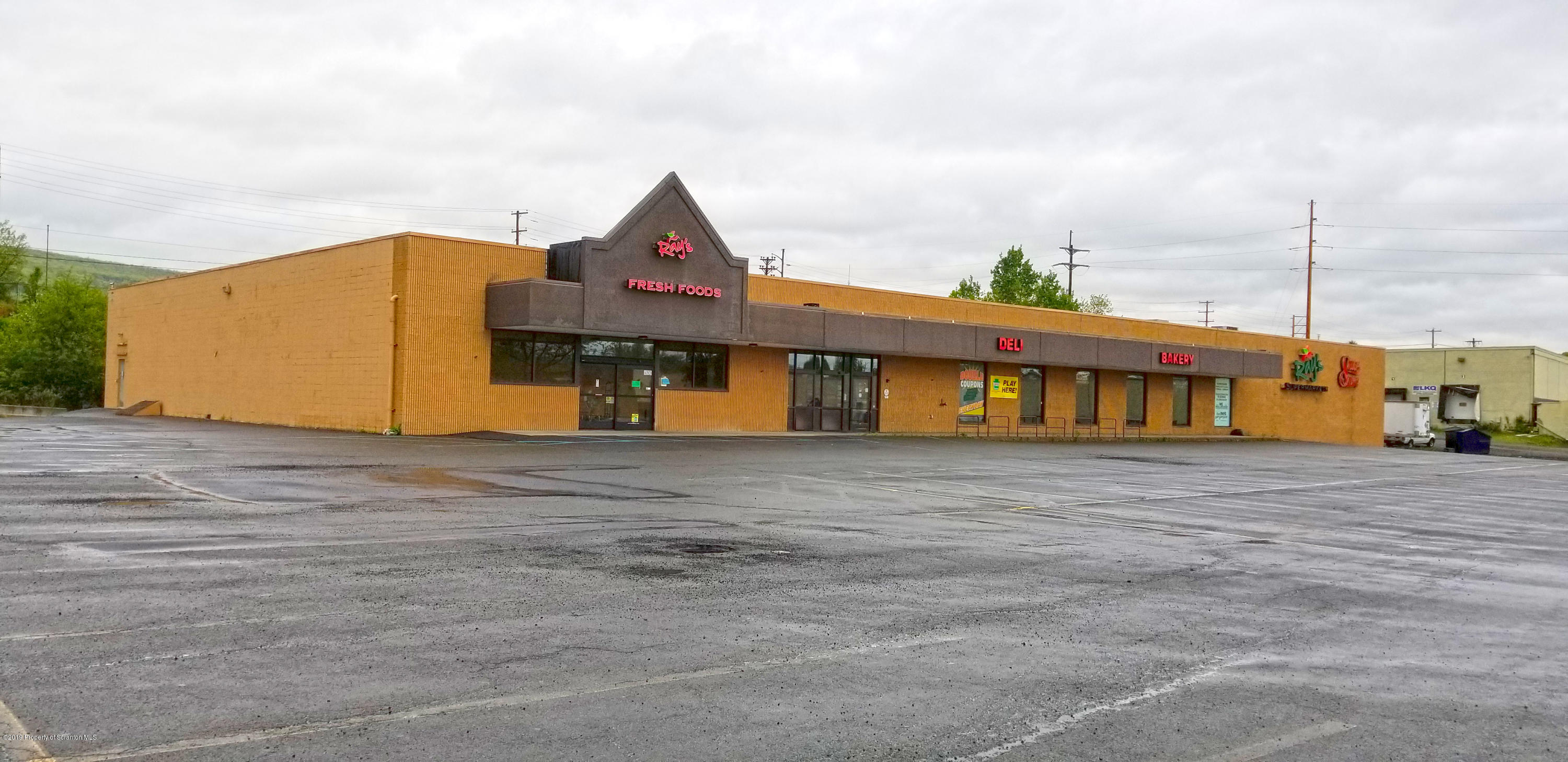 431 Lawrence St, Old Forge, Pennsylvania 18518, ,2 BathroomsBathrooms,Commercial,For Lease,Lawrence,19-5745