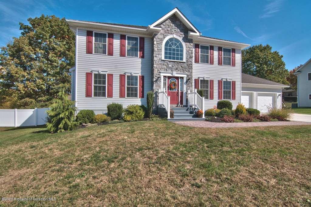 210 White Oak Dr, Olyphant, Pennsylvania 18447, 5 Bedrooms Bedrooms, 10 Rooms Rooms,4 BathroomsBathrooms,Single Family,For Sale,White Oak,20-96