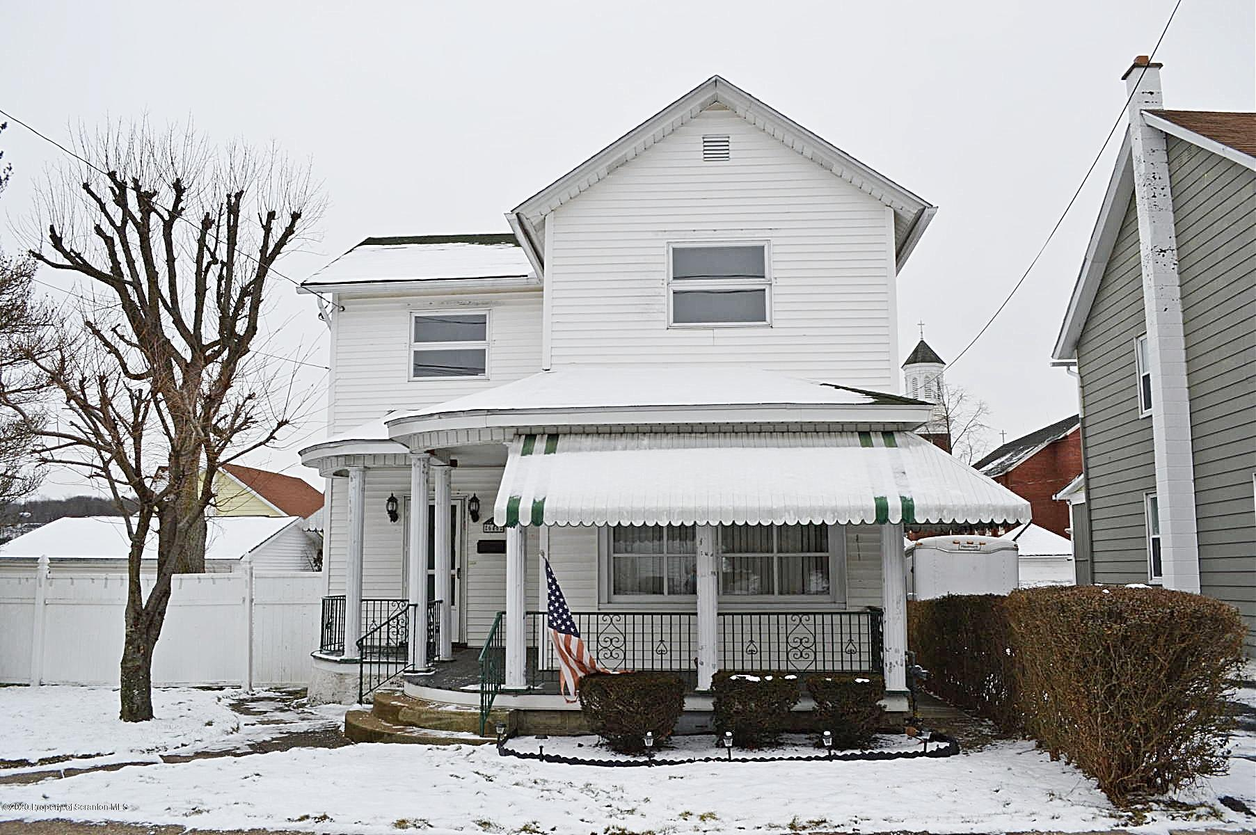 646 Lincoln St, Dickson City, Pennsylvania 18519, 3 Bedrooms Bedrooms, 7 Rooms Rooms,2 BathroomsBathrooms,Single Family,For Sale,Lincoln,20-284