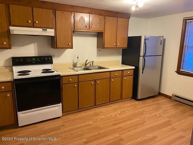 210 Clark Ave, Clarks Summit, Pennsylvania 18411, 1 Bedroom Bedrooms, 4 Rooms Rooms,1 BathroomBathrooms,Rental,For Lease,Clark,20-338