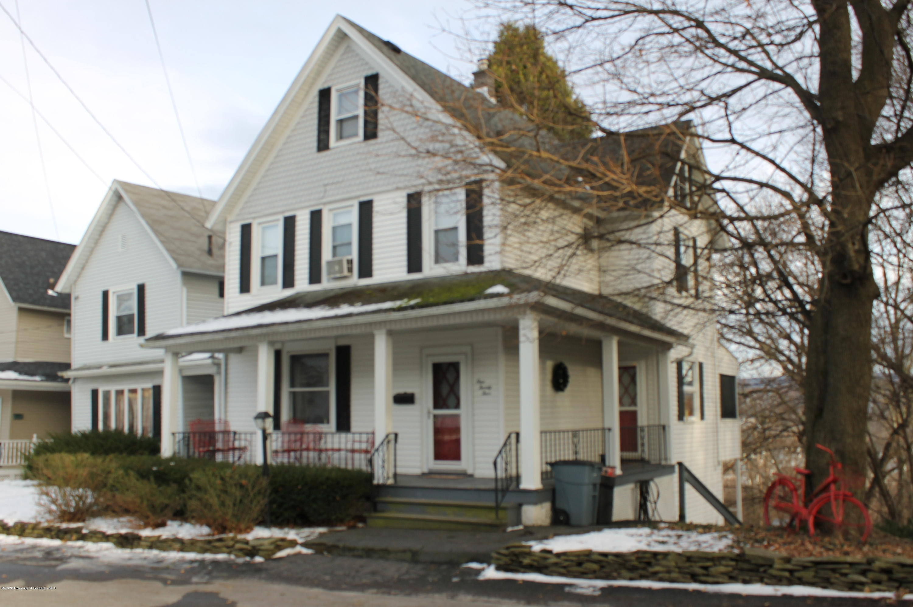 124 Hollister Ave, Scranton, Pennsylvania 18508, 3 Bedrooms Bedrooms, 7 Rooms Rooms,1 BathroomBathrooms,Single Family,For Sale,Hollister,20-346