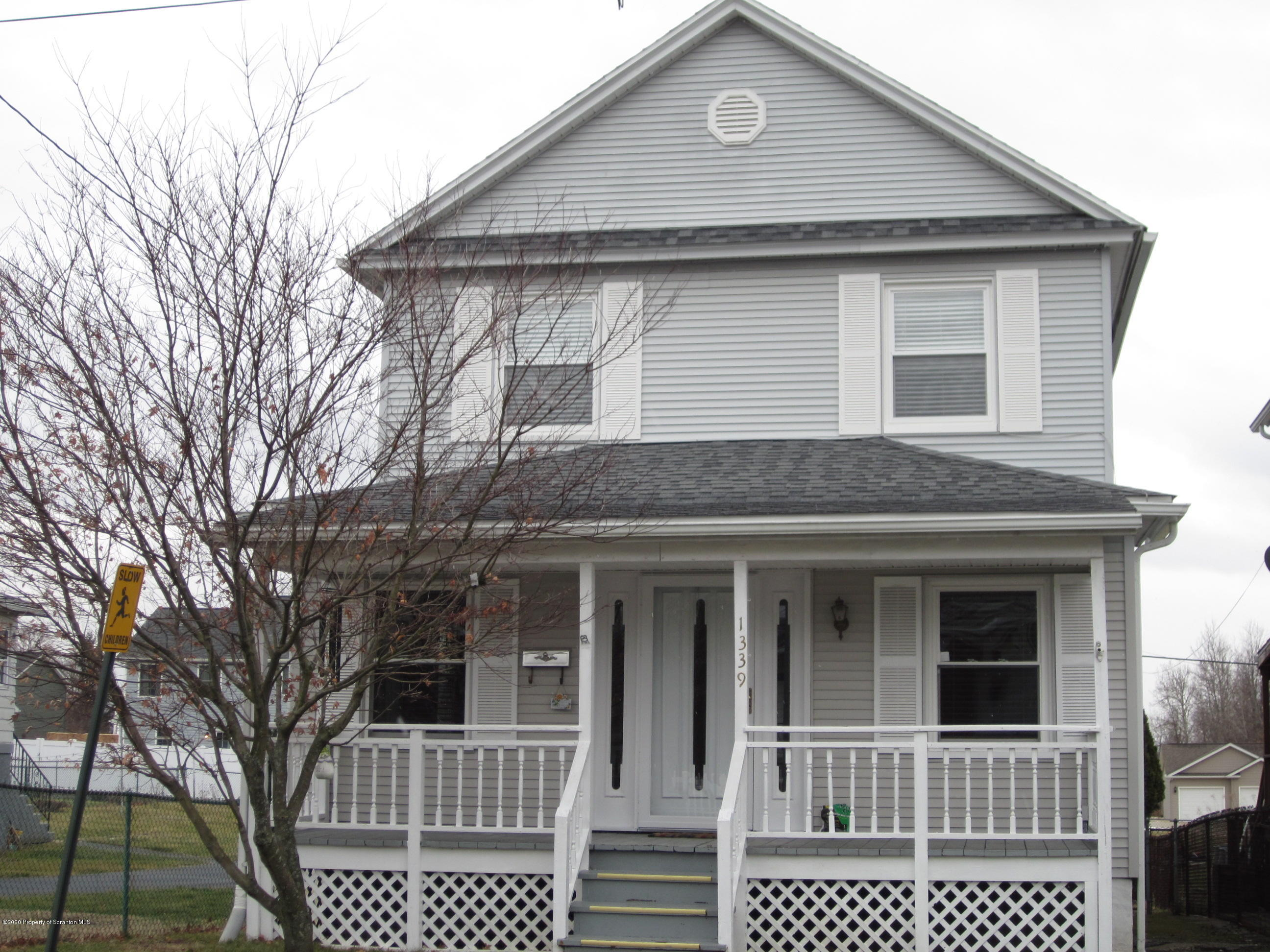 1339 Rundle, Scranton, Pennsylvania 18504, 3 Bedrooms Bedrooms, 6 Rooms Rooms,1 BathroomBathrooms,Single Family,For Sale,Rundle,20-369