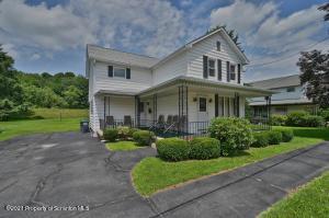 623 Penn Ave, Mayfield, PA 18433