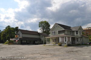 5991 State Route 347, Clifford, PA 18413