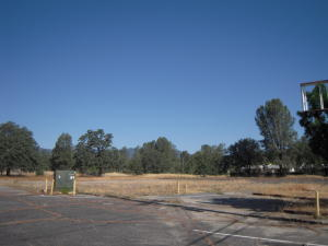 1350 LAKE BLVD, REDDING, CA 96003