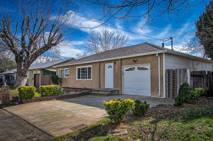 1110 2ND ST, REDDING, CA 96002