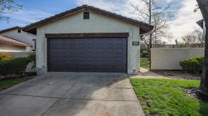 735 COFFEEBERRY LN, REDDING, CA 96003