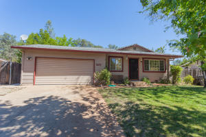 3671 DOWELL CT, SHASTA LAKE, CA 96019