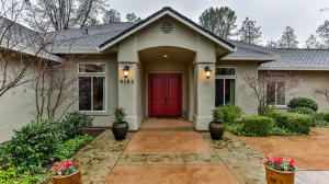 9184 SILVER KING RD, REDDING, CA 96001
