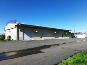 8903 AIRPORT RD, REDDING, CA 96002